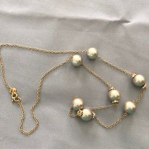 J CREW FAUX PEARL GOLD TONE NECLACE